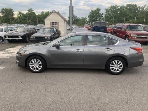 2015 Nissan Altima for sale at FUELIN FINE AUTO SALES INC in Saylorsburg PA
