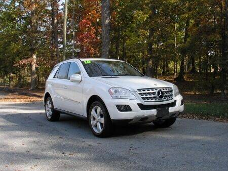 2010 Mercedes-Benz M-Class for sale at RICH AUTOMOTIVE Inc in High Point NC