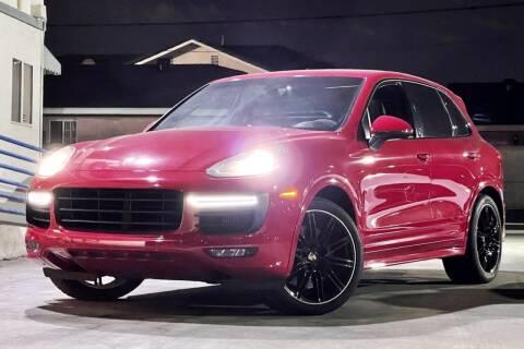 2016 Porsche Cayenne for sale at Fastrack Auto Inc in Rosemead CA