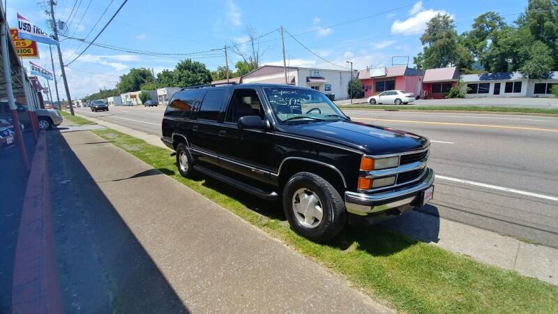 1999 Chevrolet Suburban for sale at Lewis Used Cars in Elizabethton TN