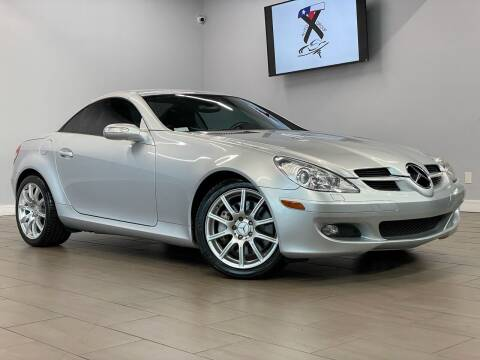 2005 Mercedes-Benz SLK for sale at TX Auto Group in Houston TX