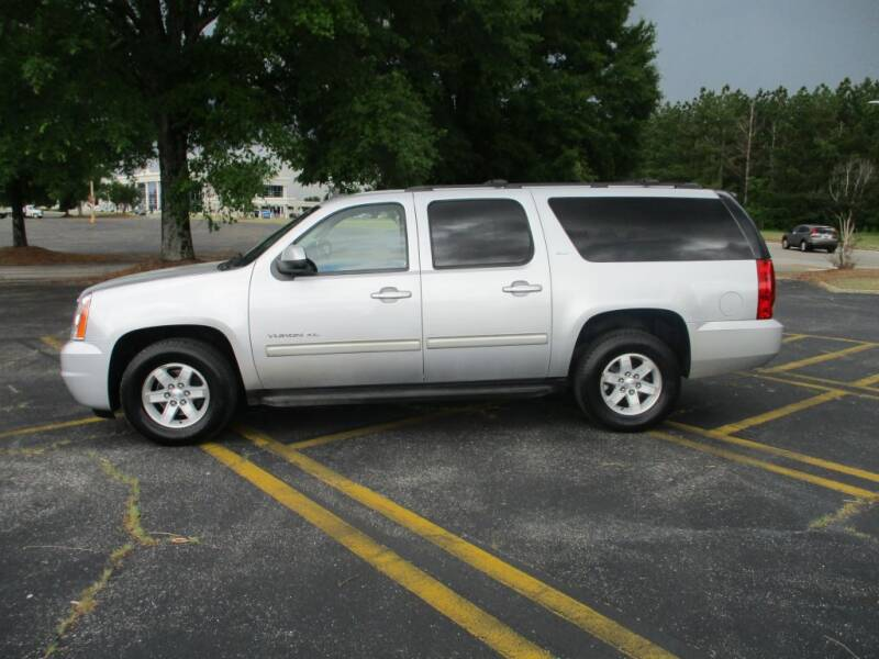 2013 GMC Yukon XL for sale at A & P Automotive in Montgomery AL