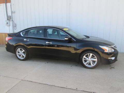 2013 Nissan Altima for sale at Parkway Motors in Osage Beach MO