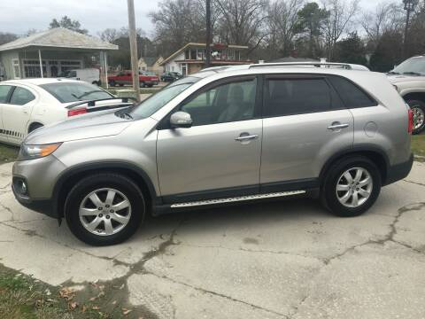 2013 Kia Sorento for sale at LAURINBURG AUTO SALES in Laurinburg NC