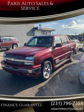 2005 Chevrolet Avalanche for sale at Paris Auto Sales & Service in Big Rapids MI