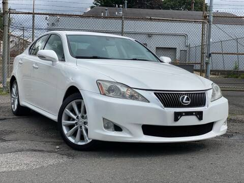 2009 Lexus IS 250 for sale at Illinois Auto Sales in Paterson NJ