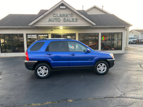 2005 Kia Sportage for sale at Clarks Auto Sales in Middletown OH
