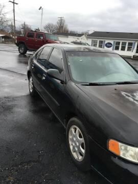 2000 Nissan Altima for sale at Mike Hunter Auto Sales in Terre Haute IN