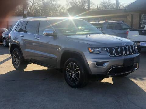 2018 Jeep Grand Cherokee for sale at Safeen Motors in Garland TX