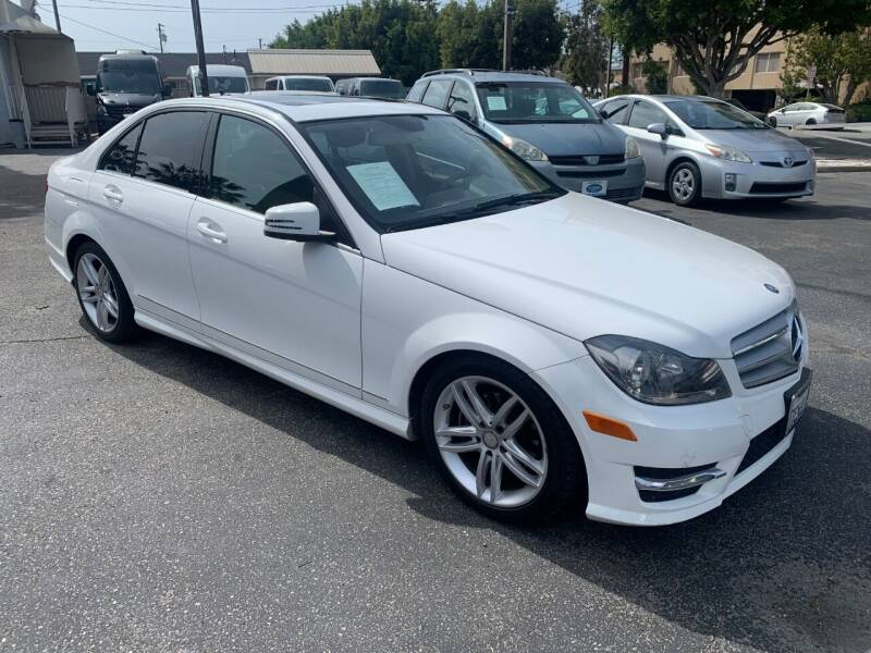 2013 Mercedes-Benz C-Class for sale at In-House Auto Finance in Hawthorne CA