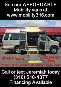 2006 Ford E-Series Wagon for sale at Affordable Mobility Solutions, LLC - Mobility/Wheelchair Accessible Inventory-Wichita in Wichita KS