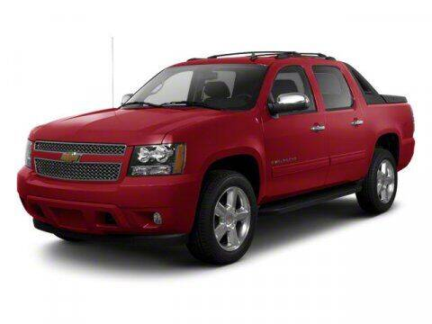 2013 Chevrolet Avalanche for sale at Bergey's Buick GMC in Souderton PA