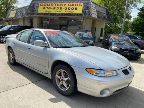2002 Pontiac Grand Prix for sale at Courtesy Cars in Independence MO