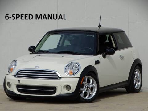 2011 MINI Cooper for sale at Chicago Motors Direct in Addison IL