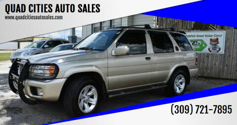 2003 Nissan Pathfinder for sale at QUAD CITIES AUTO SALES in Milan IL