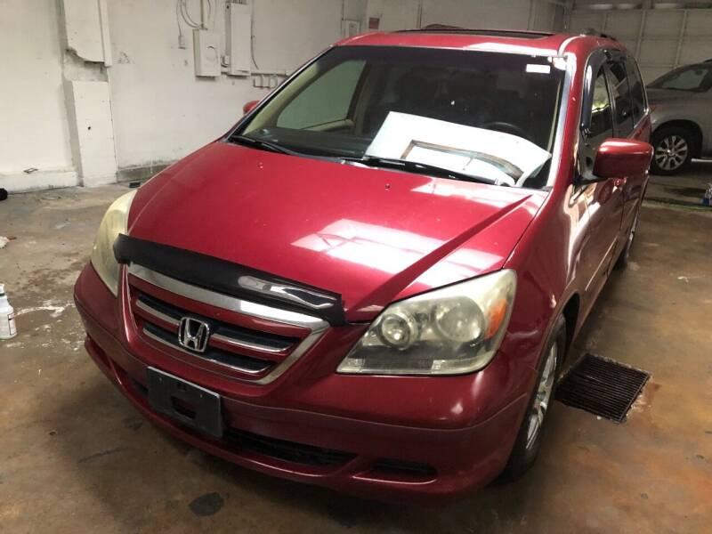 2005 Honda Odyssey for sale at REGIONAL AUTO CENTER in Stafford VA