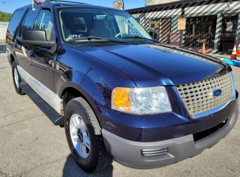2003 Ford Expedition for sale at ZOOM CARS LLC in Sylmar CA