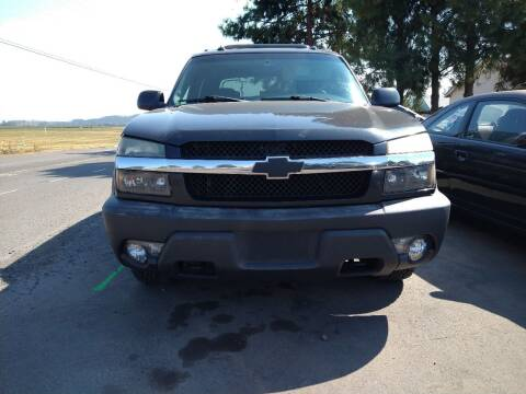 2003 Chevrolet Avalanche for sale at M AND S CAR SALES LLC in Independence OR