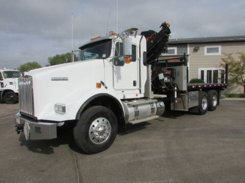 2011 Kenworth T800 for sale at NorthStar Truck Sales in Saint Cloud MN