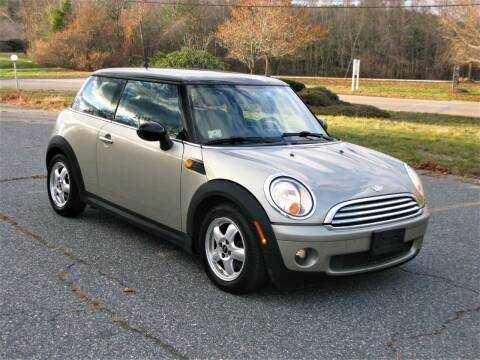 2008 MINI Cooper for sale at The Car Vault in Holliston MA