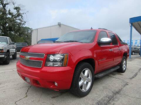 2011 Chevrolet Avalanche for sale at Quality Investments in Tyler TX