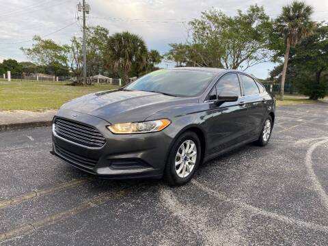 2015 Ford Fusion for sale at Lamberti Auto Collection in Plantation FL