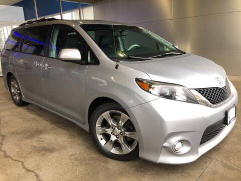 2013 Toyota Sienna for sale at Ford Trucks in Ellisville MO