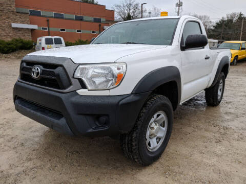 2014 Toyota Tacoma for sale at DILLON LAKE MOTORS LLC in Zanesville OH