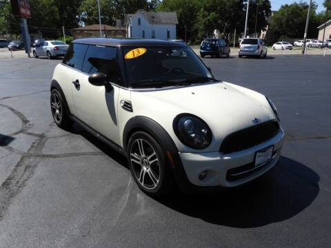 2013 MINI Hardtop for sale at Grant Park Auto Sales in Rockford IL