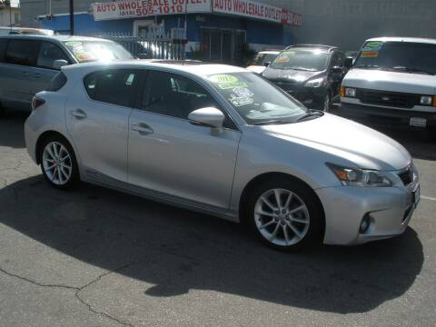 2013 Lexus CT 200h for sale at AUTO WHOLESALE OUTLET in North Hollywood CA