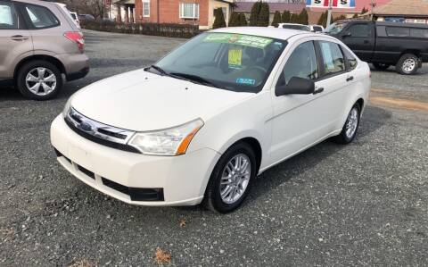 2009 Ford Focus for sale at Autos-N-More in Gilbertsville PA