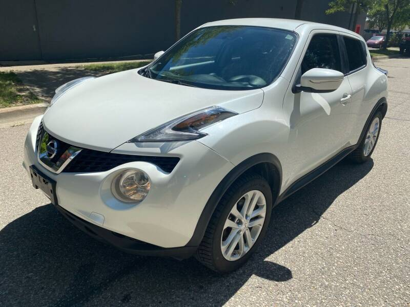 2016 Nissan JUKE for sale at Averys Auto Group in Lapeer MI