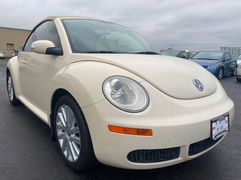 2009 Volkswagen New Beetle Convertible for sale at VIP Auto Sales & Service in Franklin OH