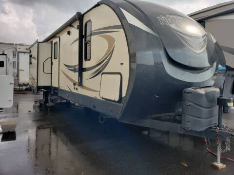 2017 Forest River Hemisphere 300BH for sale at Ultimate RV in White Settlement TX