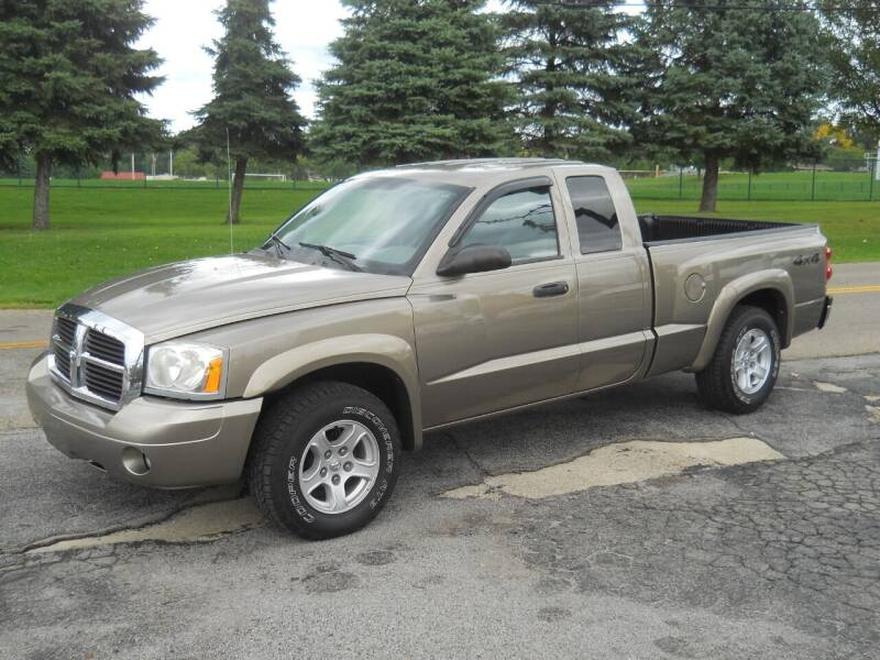 2006 Dodge Dakota for sale at Hern Motors - 111 Hubbard Youngstown Rd Lot in Hubbard OH