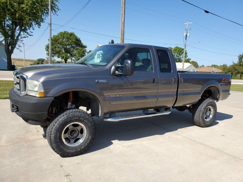 2003 Ford F-250 Super Duty for sale at The Auto Shoppe Inc. in New Vienna IA