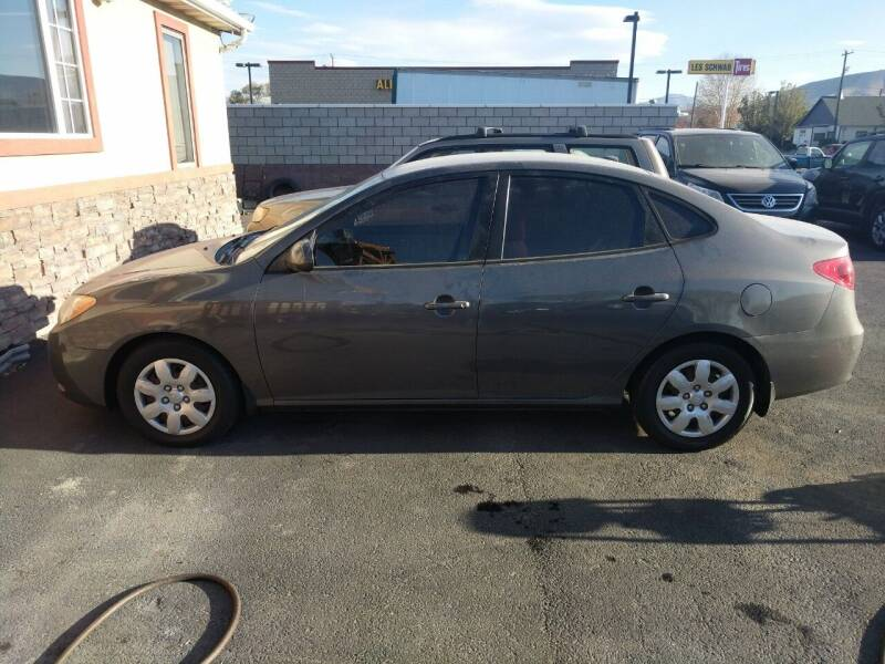 2007 Hyundai Elantra for sale at Creekside Auto Sales in Pocatello ID