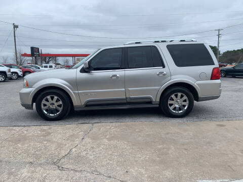 2004 Lincoln Navigator for sale at Smooth Solutions 2 LLC in Springdale AR