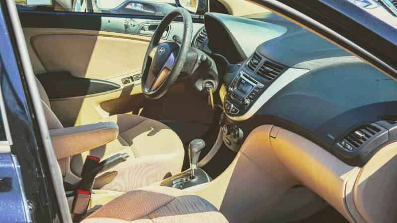 2017 Hyundai Accent SE 4dr Sedan 6A - Seattle WA