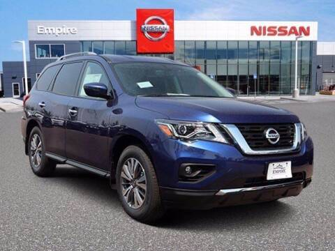 2020 Nissan Pathfinder for sale at EMPIRE LAKEWOOD NISSAN in Lakewood CO