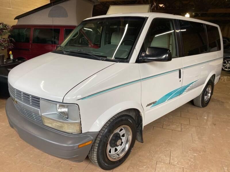 1995 Chevrolet Astro for sale in Chicago, IL
