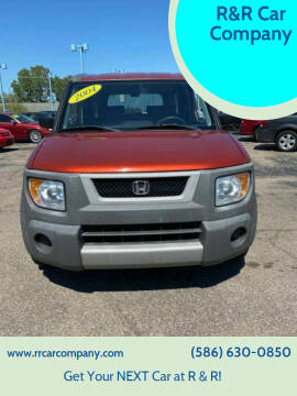 2004 Honda Element for sale at R&R Car Company in Mount Clemens MI