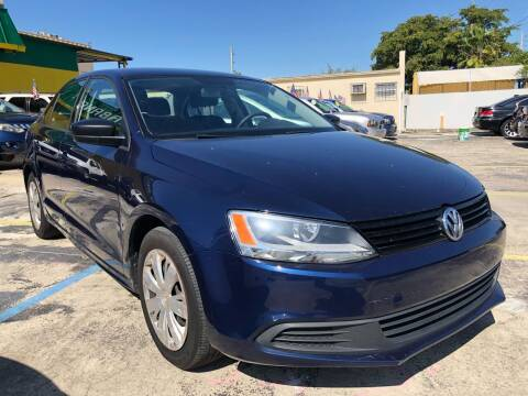 2013 Volkswagen Jetta for sale at Trans Copacabana Auto Sales in Hollywood FL
