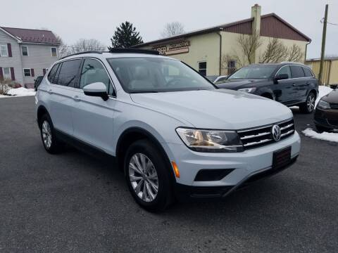2018 Volkswagen Tiguan for sale at John Huber Automotive LLC in New Holland PA