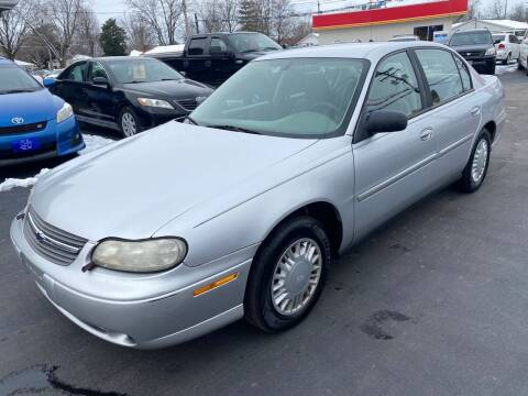 2005 Chevrolet Classic for sale at Wise Investments Auto Sales in Sellersburg IN