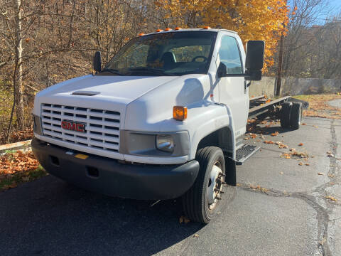 2005 GMC C5500 for sale at B & P Motors LTD in Glenshaw PA