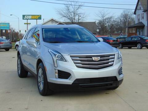 2017 Cadillac XT5 for sale at Auto House Superstore in Terre Haute IN
