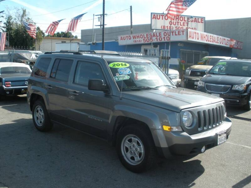 2014 Jeep Patriot for sale at AUTO WHOLESALE OUTLET in North Hollywood CA
