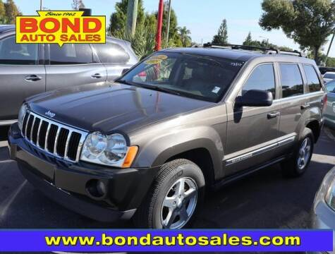 2005 Jeep Grand Cherokee for sale at Bond Auto Sales in St Petersburg FL