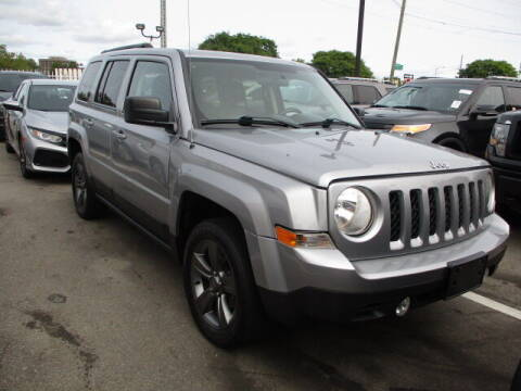 2015 Jeep Patriot for sale at SOUTHFIELD QUALITY CARS in Detroit MI